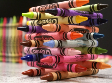 Crayon Logs by Chris Metcalf via Wikimedia Commons